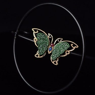 雨蝶 · 胸针